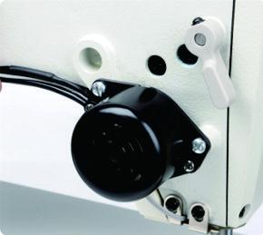 Máy may 01 kim điện tử DẦU KÍN, Cắt chỉ tự động chỉ thừa 3mm - Hiệu Britex, Model: BR-W7-D4