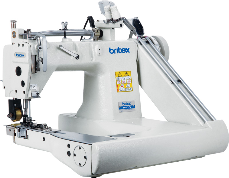 Feed-off-the-arm, Three Needle Chainstitch Sewing Machine - Brand: Britex, Model: BR-928 / BR-928L.