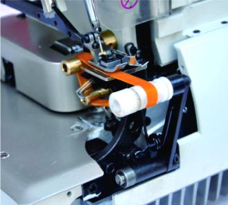 Industrial Direct Drive Three Threads Overlock stitch Sewing machine For Gloves - Britex Brand, Model: BR-700D-3G.